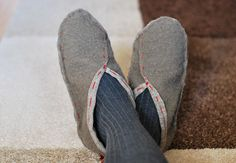Easy Slippers - DIY Tutorial. I would add binding around the sole edge....