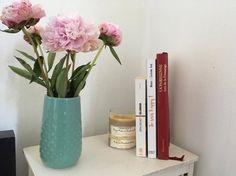 LIVRES Retrouvez mes 3 livres de chevet, ils ne me quittent pas ! Je suis happy, La Parisienne et Zéro déchet. Lecture. http://waytwocool.com/index.php/2017/10/30/lecture-livres-de-chevet/
