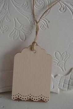 Lace trim gift tags --- Romantische cadeaulabels met een kantrand van Kraftpapier en cardstock set van 10 in perzik---Voor bedankjes, in een wensboom of sweet table...