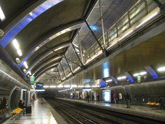 Estación Cristóbal Colón Metro de Santiago Metro Station, Image Search, Explore, World, City, Yahoo Search, Subway Map, South America, Santiago