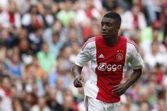 Riechedly Bazoer is door bondscoach Danny Blind opgenomen in de selectie van het Nederlands Elftal. De middenvelder vervangt teamgenoot Davy Klaassen, die tijdens de wedstrijd Ajax-PSV een lichte hersenschudding opliep.