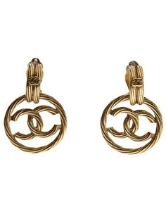 CHANEL VINTAGE twisted logo earring