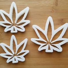 New cannabis leaf cookie cutter design.