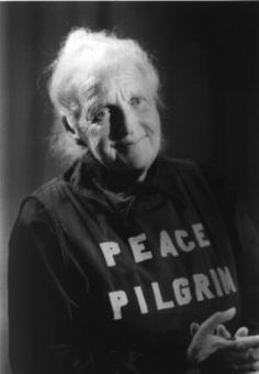 """""""If you realized how powerful your thoughts are, you would never think negative thoughts again."""" The Peace Pilgrim, La Peregrina de Paz"""
