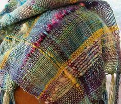 Freeform SAORI-inspired scarf tutorial, on a rigid heddle loom