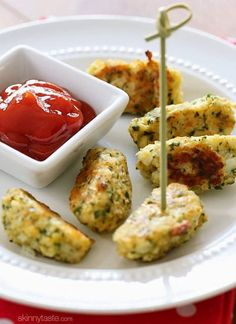Cauliflower-Tots - Is your kid a picky eater? Try these 15 Recipes That Will Make Your Kids Love Vegetables again. Fun finger foods in an all new healthy vegetarian avatar. Pasta, kebabs, fries. perfect for school lunches