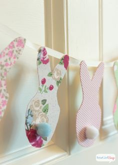 Atta Girl Says   Pottery Barn Inspired No-Sew Easter Bunny Banner   http://www.attagirlsays.com