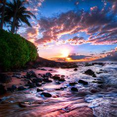 Sunset in Maui, in a Kihei beach