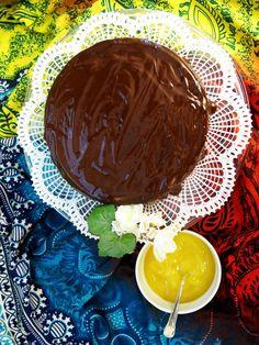 Antipastaa: Äidin nopea suklaakakku