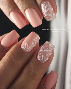 Pink nails with Christmas stars - - Informations About Unghie rosa White Nail Art, White Art, Neutral Nail Art, Bride Nails, Wedding Nails Design, Pink Nail Designs, Square Nail Designs, Bridal Nails Designs, Trendy Nail Art
