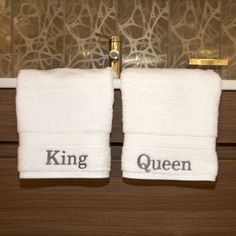 Authentic Hotel and Spa Personalized King and Queen Turkish Cotton Hand Towels (Set of 2) | Overstock.com
