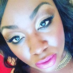 Inspired Glam Make up look SHOP BClanBeauty.com link in bio#Shoplocal #Canadian #cosmetics #wakeupandmakeup #makeup #makeupstore #Toronto #beauty #skin #skincare #women #girl #lipstick #Cute #me #torontolife  #entrepreneur #womeninbusiness #canadianbusiness #motd #mua #instapic #instamood #picoftheday #instamakeup #instacollage  #love #ClanBeauty #followme