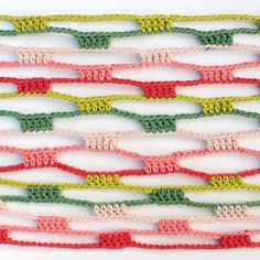 Crochet Scarves, Crochet Shawl, Crochet Stitches, Knit Crochet, Crochet Infinity Scarf Pattern, Knitting Patterns, Crochet Curtains, Crochet Videos, Necklaces