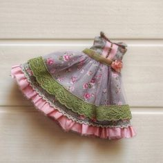 Blythe dress, Blythe clothes, pink floral outfit for Neo Blythe by PalmaDolls on Etsy Nice Dresses, Summer Dresses, Cute Handbags, Boho Shorts, Cool Outfits, Trending Outfits, Floral, Pink, Handmade