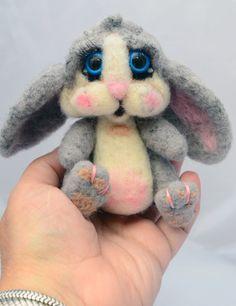 Needle Felted Bunny by sboyayan