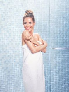 Skin and body care brand JERGENS has announced actress and comedienne Leslie Mann as Brand Ambassador. Leslie is the face of the brand's new JERGENS Wet Skin Moisturizer range, also taking part in the You're More Than Just a Pretty Face campaign, which reminds women to care for the skin on their bodies.