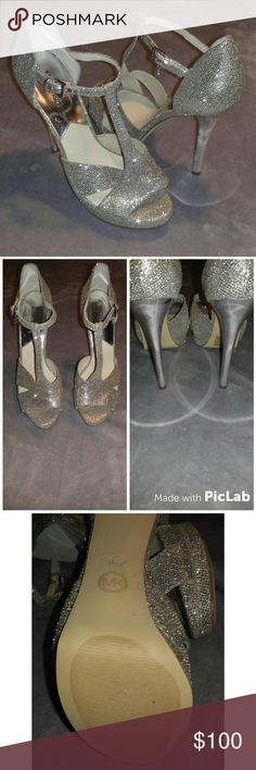 Michael kors silver heels Gorgeous must have shoe let my lack of control be your greatest find. Special shoe currently in search of new loving home. New never worn Michael Kors Shoes Heels