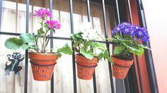 Orange flowerpots. Naranja. Macetas pintadas a mano. FACEBOOK: A'cha Pots. achapots@hotmail.com