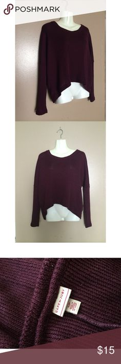 Women's High Low Sweater Top in BURGUNDY **WILLING TO BUNDLE WITH BLACK HIGH LOW SWEATER TOP, 2 for $25!!** Burgundy | Women's SMALL | Long Sleeve | High front , Low back style | Knitted Tops