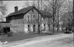 Hilliard House was built in 1816 by Joseph Hilliard, one of the first settlers in the area that would later become Piqua. Located at 415 Stanton St. in Shawnee, the residence was occupied by the Hilliard Family until about 1932.