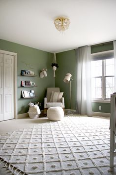 Excellent baby nursery info are offered on our website. Check it out and you wont be sorry you did. Baby Room Decor, Nursery Room, Girl Nursery, Girls Bedroom, Child's Room, Girl Rooms, Bedroom Green, Green Rooms, Pink And Green Nursery