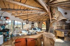 Hobbit house in Poland Houses In Poland, Yurt Living, Eco Buildings, Storybook Homes, Natural Homes, Natural Building, Cabins And Cottages, Building A Shed, Round House