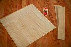 DIY Distressed Wood Photo Backdrop  #photography prop