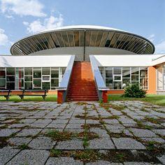 University of Agriculture Nitra Vladimír Dedeček, Rudolf Miňovsky Bratislava, Eastern Europe, Agriculture, 1970s, Sidewalk, Country, Buildings, University, Arquitetura