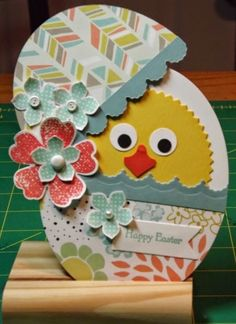 Easter Card by - Cards and Paper Crafts at Splitcoaststampers Easter Egg Crafts, Easter Eggs, Easter Bunny, Holiday Cards, Christmas Cards, Tarjetas Diy, Egg Card, Diy Cards, Diy Easter Cards