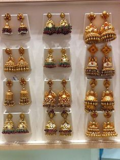 Indian Jewellery Designs - Page 567 of 1783 - Latest Indian Jewellery Designs 2020 ~ 22 Carat Gold Jewellery one gram gold Gold Jhumka Earrings, Indian Jewelry Earrings, Jewelry Design Earrings, Indian Wedding Jewelry, Gold Earrings Designs, Temple Jewellery, Gold Jewelry, Necklace Designs, Jewlery