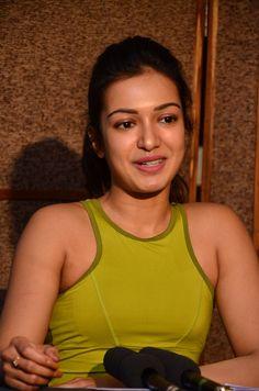 Kollywood Actress Catherine Tresa Photo Gallery by Chennaivision