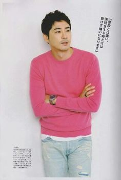 [New Pictures from Hallyu Pia Magazine No. 12/31] with Kang Ji Hwan on the cover. The magazine now on sale! Credit: Hallyu Pia