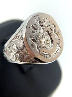 White Gold Signet Ring Off Signet Ring Mens Custom Gold Signet Ring Coat Of Arms Family Crest Monogram Signet Unique Mens Ring Allgemeines Unique Mens Rings, Rings For Men, Big Rings, Custom Signet Ring, Engagement Solitaire, Gold Chains For Men, Family Crest, Hand Engraving, Coat Of Arms
