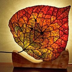 Robert Oddy stained glass - Aspen Leaf Clock