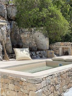Pool Landscape Design, Small Pool Design, Small Backyard Patio, Small Pools, Plunge Pool, Cool Pools, Pool Designs, Water Features, Backyard Landscaping