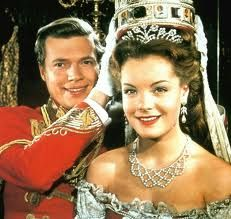 Romy Schneider and Karl Heinz Bohm on the set of the movie 'Sissi' by Ernst Marischka Romy Schneider performing as Elizabeth of Austria and Karl. Romy Schneider Sissi, Magda Schneider, Sissi Film, Impératrice Sissi, Princesa Sissi, Empress Sissi, Actrices Hollywood, French Actress, Hollywood Actresses