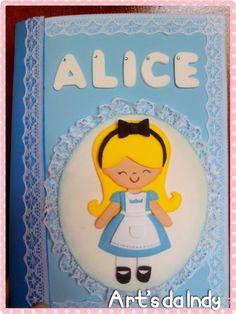 Art's da Indy: Capa caderneta de vacina ( Alice no país das maravilhas)