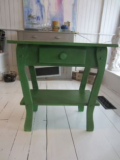 Country table... Antibes Green Chalk Paint (tm) by Annie Sloan