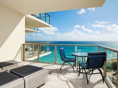 """Readers' Rating: 88.309 Good for: Couples and families looking to escape the South Beach frenzy, hate """"Florida casual,"""" and appreciate having a Jean-Georges restaurant on the premises. Despite the glitz, the resort also offers kid-friendly perks through the St. Regis Children's Club."""