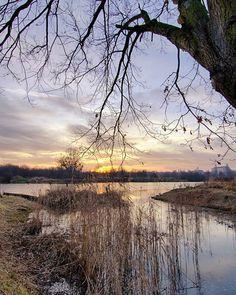 Nadodrzański zachód Słońca. #landscape #krajobraz #landscapephotography #sunset #hdr #hdr_beautiful_landscapes #hdrphotography #naturephotography #natura #hdr_gallery #wroclovers #polandgrams #lubiepolske #super_polska #photopoland #magicofpoland #loves_united_poland #polandsights #polandphotos #igerswroclaw #river #riverscape #landscapehunter #fotografiakrajobrazowa #nikond7000 #nikonartists #polska_w_obiektywie #natgeopl #moodygrams #moody_nature