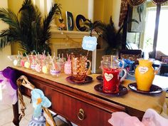 Bridal shower party - DIY Bellini and mimosa bar!