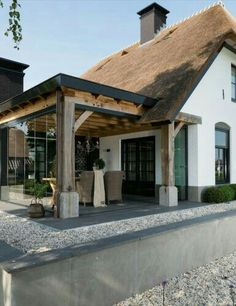 Bungalow Extensions, House Extensions, Pergola Patio, Backyard Patio, Thatched House, Cottage Homes, My Dream Home, Future House, Beautiful Homes