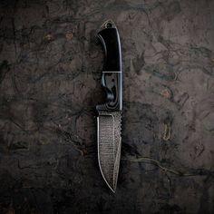 VORN SLÁ  Carbon Fiber / G10    #customknife #knivesdaily #knifeporn #carbonfiber #g10 #s35vn #huntingknife #hunting #camping #campknife #bushcraft #bushcraftknife #edcblade #edcblade #tacticalgear #tacticalknife