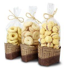 Aprenda a Embalar e Fazer Biscoitos Finos | Artesanato - Cultura Mix Bake Sale Packaging, Baking Packaging, Biscuits Packaging, Dessert Packaging, Food Packaging Design, Cookie Gifts, Food Gifts, My Coffee Shop, Baking Business
