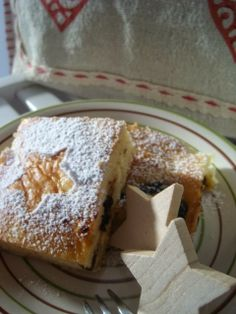 Listopadka: Tvarohovo povidlová buchta Czech Recipes, Russian Recipes, Creative Food, Pudding, Czech Food, Cooking, Desserts, Recipe Ideas, Polish