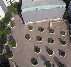 Una perspectiva diferente de las jardineras de la explanada de CIAP ¿Quién no pasa por ahí todos los días? Fotografía tomada por el Guest Instagrammer @gustavogudino en su proyecto @vantmex #CIAP #ITESM #architecture #Monterrey #CampusMty #Mexico #GoPro #student