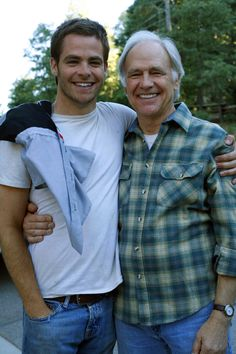 I just love this one. Chris Pine and his dad, Robert Pine. Matching smiles!