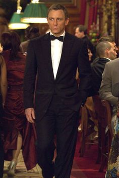 Daniel Craig as James Bond in Casino Royale. Man got swagger. Daniel Craig James Bond, James D'arcy, Craig Bond, Rachel Weisz, 007 Casino Royale, Casino Royale Dress, Robert Mcginnis, Casino Theme Parties, Casino Party