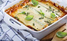 aubergine, lasagnes, coulis de tomate, carotte, oignon, beurre, farine, bouillon, parmesan, comté, herbes de Provence, Huile d'olive