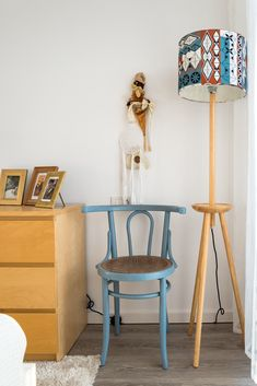 Restored and painted wooden chair with modern wood shade lamp Painted Wooden Chairs, Beautiful Homes, Restoration, Interior, Modern, House, Furniture, Home Decor, House Of Beauty